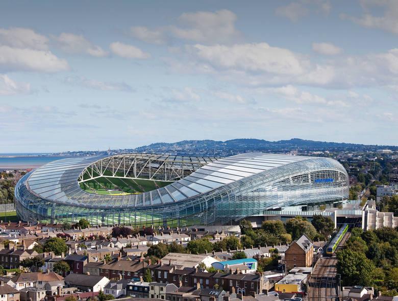 Mistrzostwa Europy w Piłce Nożnej 2020 będą 16. oficjalnym turniejem na Starym Kontynencie. Jego forma będzie jednak odstawać od obrazu, do którego jesteśmy
