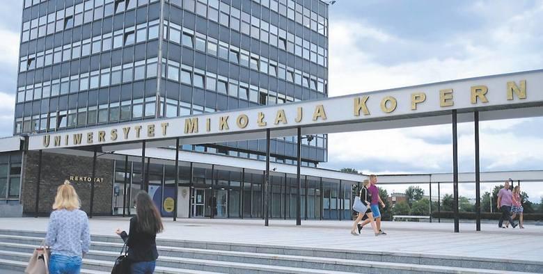 Najwyżej notowana szkoła z naszego regionu w rankingu uczelni w 2018 rokuMiejsce 11. Uniwersytet Mikołaja Kopernika w ToruniuW poprzednich latach: 2017