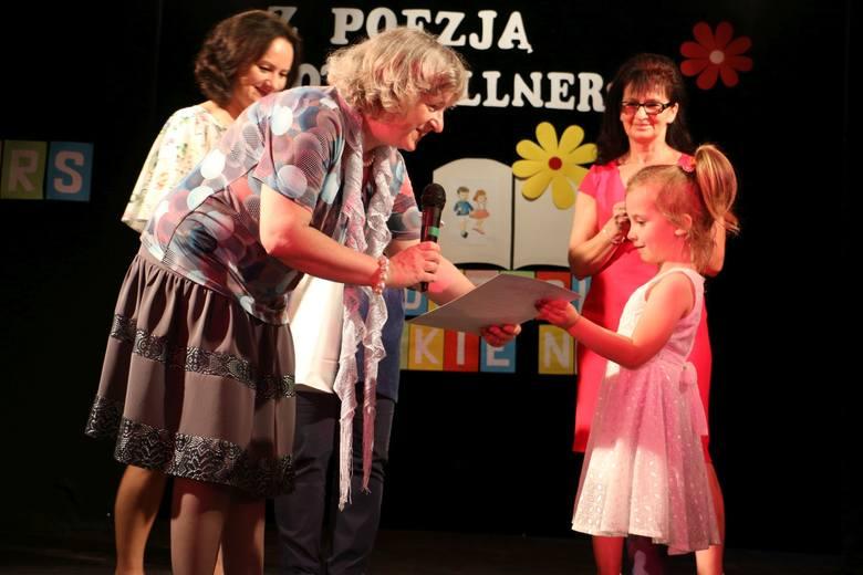 Dorota Gellner W Lipnie Dzieci Recytowały W Konkursie Jej