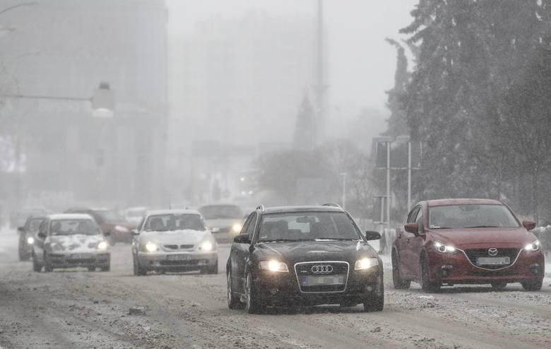 Kolejne ostrzeżenie WCZK. Tym razem przed opadami śniegu dla 5 powiatów na Podkarpaciu