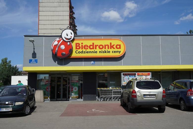 Herbatniki Bonitki z wycofywanej partii można zwrócić nawet bez paragonu w dowolnym sklepie Biedronki.