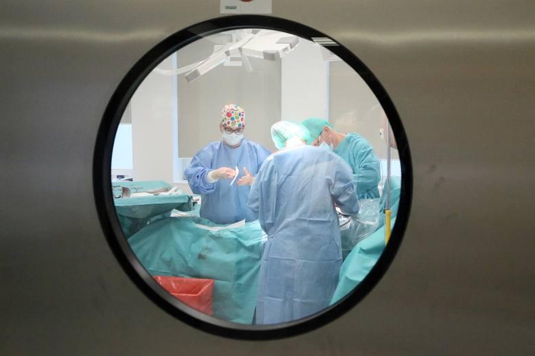 W galerii przygotowaliśmy zestawienie najbardziej uporczywych i niebezpiecznych dolegliwości z którymi w ostatnim czasie pacjenci zgłaszają się do lekarzy