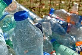 Opłaty za wywóz śmieci rosną w całej Polsce.