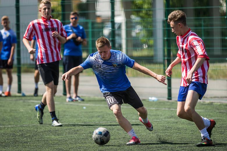 W Bydgoszczy odbył się Turniej Sportowy o Puchar Przewodniczącego Młodzieżowej Rady Miasta Bydgoszczy. Uczestnicy rywalizowali w dwóch dyscyplinach: