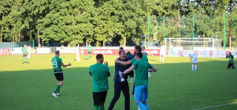 Górnik Łęczna świętował awans do I ligi w Legionowie. Zobacz zdjęcia