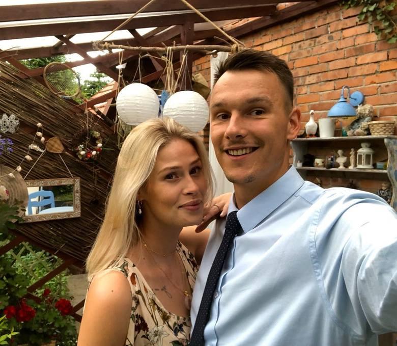 Wojciech Włodarczyk Siatkarz Cerradu Enei Czarnych Radom z przepiękną żoną modelką Sylwią Włodarczyk (Sucharską). Sylwia Włodarczyk jest modelką. Brała