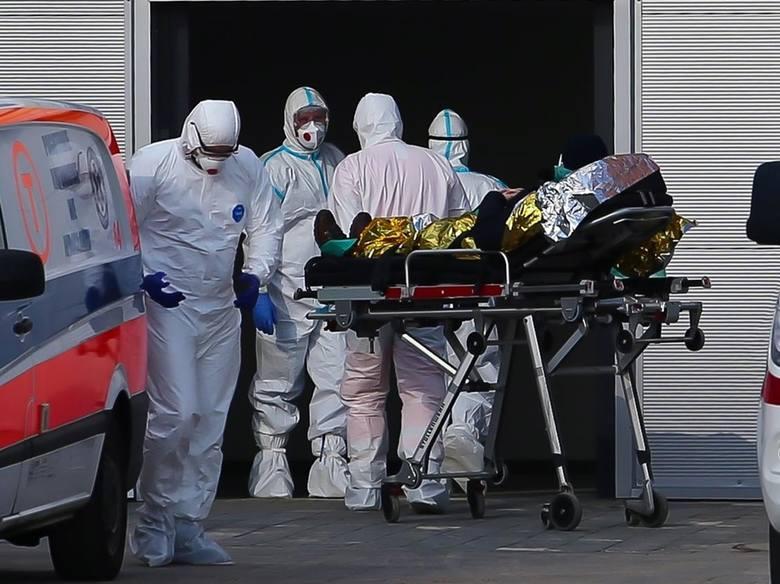 Koronawirus w woj. śląskim. Dramatyczny wzrost zakażeńMamy 25 052 przypadki zakażenia koronawirusem – poinformowało w środę, 17 marca, Ministerstwo Zdrowia.