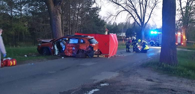 To była tragiczna sobota na drogach województwa łódzkiego. Około godz. 19.50 w wypadku w Aleksandrowie Łódzkim zginęło dwóch motocyklistów. Jednoślady