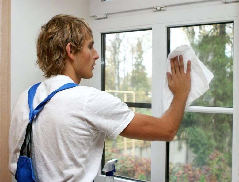Firmie sprzątającej można zlecić m.in. umycie okien