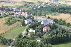 27 maja 1990 roku odbyły się pierwsze wybory do samorządu terytorialnego w Polsce, po 40 latach przerwy. W gminie Zakrzew wybieraliśmy Radę Gminy, która