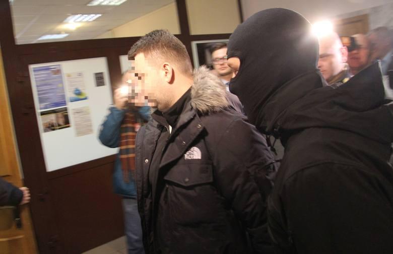 Były rzecznik MON Bartłomiej M. aresztowany na trzy miesiące. Nie pomógł ojciec Rydzyk