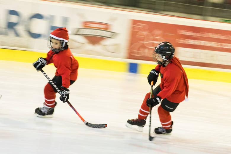 O dzieciakach, które pędzą po lodzie do sukcesu