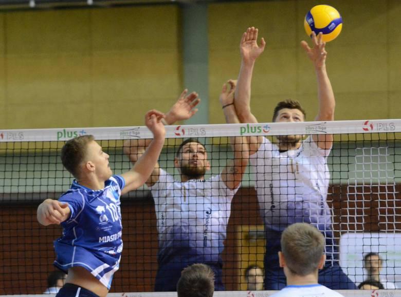 W meczu z Vervą Warszawa w pierwszej rundzie Ślepsk Malow Suwałki przegrał 1:3.