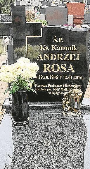 Ks. kanonik Andrzej Rosa.