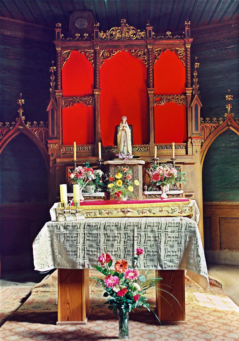 Kościół świętej Anny w Oleśnie z 1518 roku. Kościół świętej Anny w Oleśnie z 1518 roku. Historia barbarzyńskiej kradzieży.