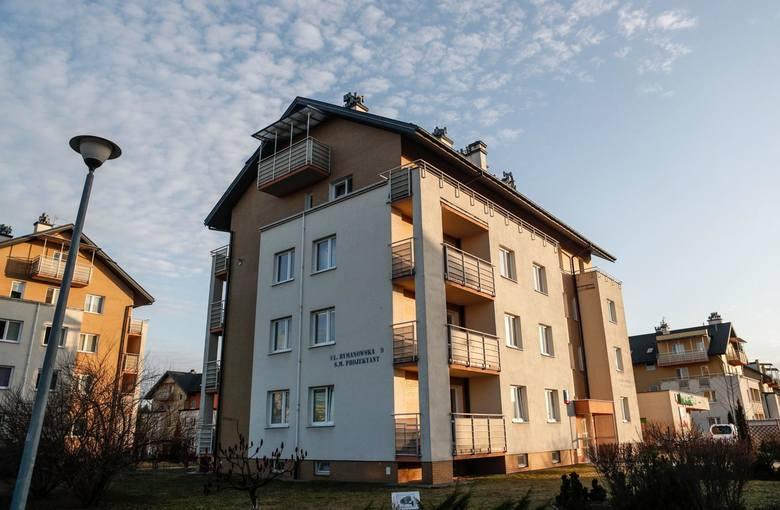 Właścicielem bloków przy ul. Rymanowskiej jest Spółdzielnia Mieszkaniowa Projektant.