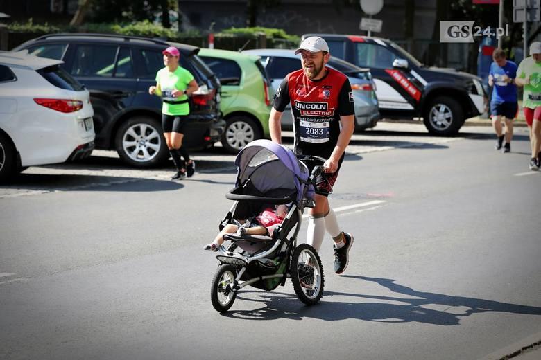 40. PKO Półmaraton Szczecin za nami. Ponad trzy tysiące osób ukończyło bieg na 10 km lub dystans 21,097 km. CZYTAJ WIĘCEJ: 40. PKO Półmaraton Szczecin