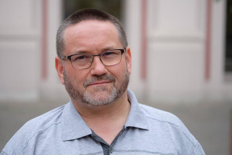 – Jeżeli kuratorium ma pełnić nadzór pedagogiczny nad szkołami, to on musi być on realny – powinny być możliwości jego egzekwowania – mówi Przemysław