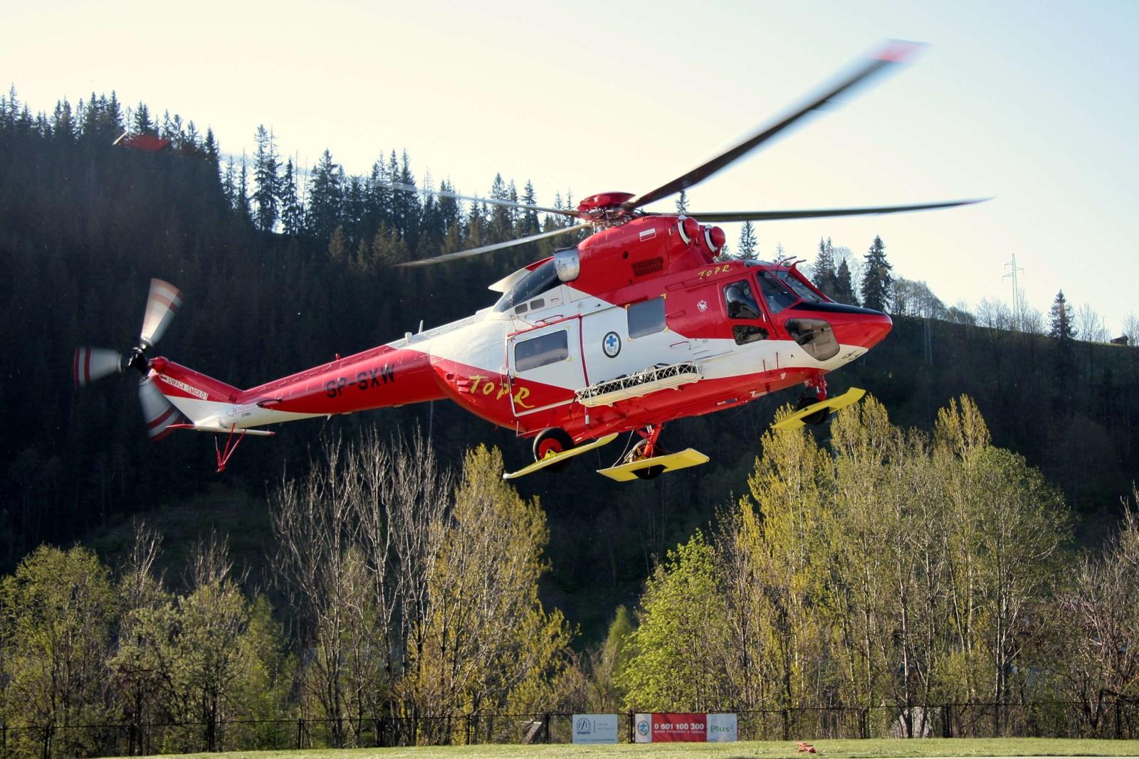 11cba75a5dde0 Zdarzenie miało miejsce w piątek, 1 września. Ratowników górskich o  zdarzeniu poinformowali świadkowie zdarzenia. Toprowcy na miejsce wypadku  dotarli ...