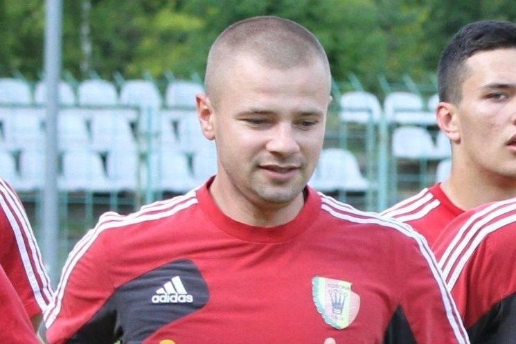 Kamil Kuzera wraca do Korony Kielce. Będzie w sztabie szkoleniowym zespołu rywalizującego w Centralnej Lidze Juniorów. Nowym trenerem tej drużyny jest