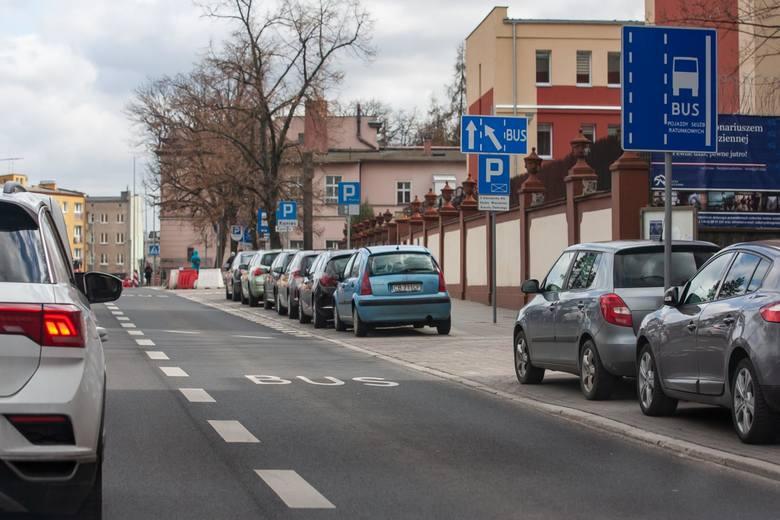 Wały Jagiellońskie – niedostępne dla motocykli.- Mamy tutaj zbyt krótki odcinek, żeby puszczać motocykle buspasem - mówi Tomasz Okoński z ZDMiKP w B