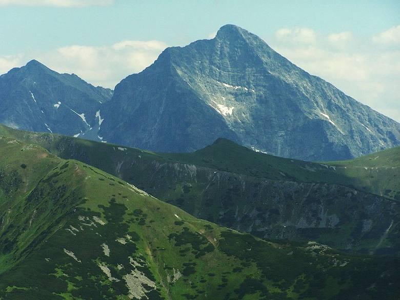 Naszą słowacką wyprawę zaczynamy od szczytu Krywań - narodowej góry Słowacji. Dla naszych południowych sąsiadów Krywań to symbol odrodzenia narodowego.