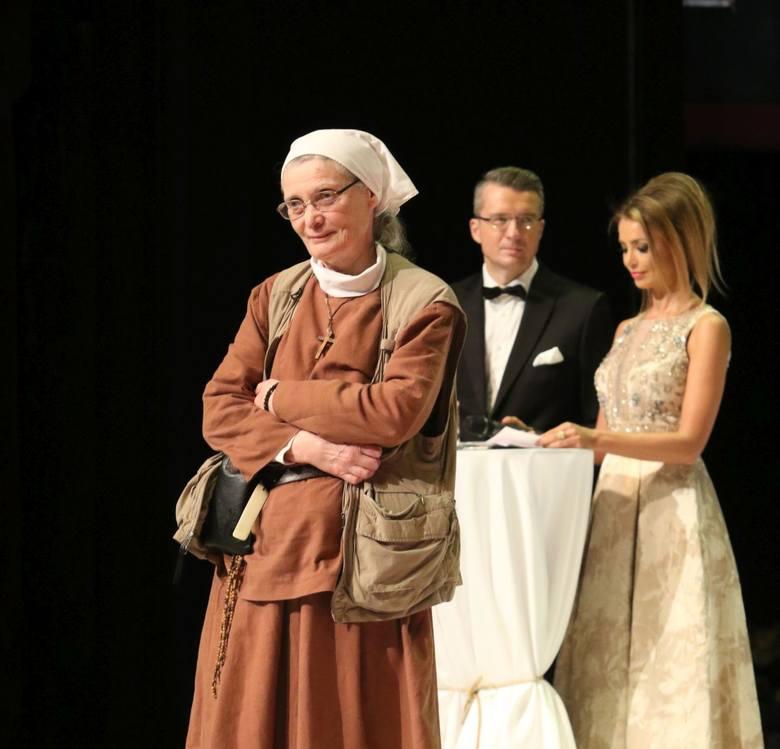 Siostra Małgorzata Chmielewska podczas Wielkiej Gali Liderów Polskiego Biznesu w Teatrze Wielkim - Operze Narodowej.