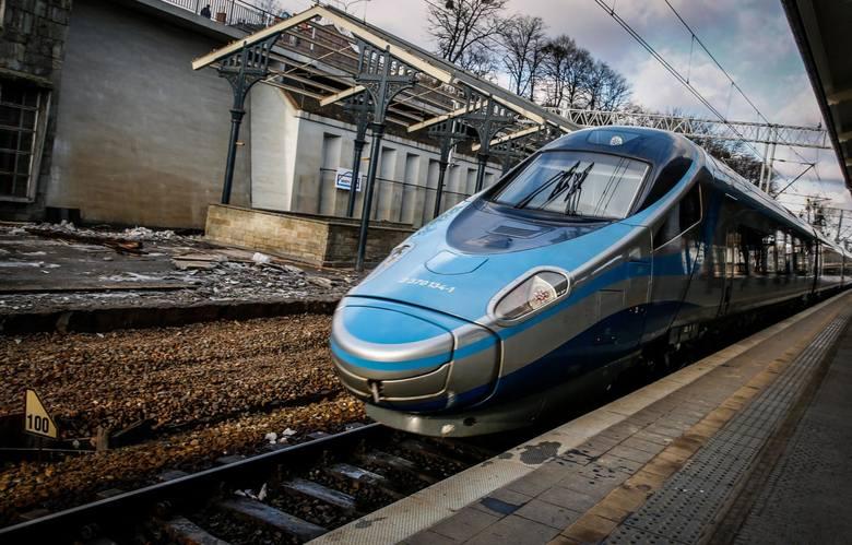 Dlaczego Polacy wybraliby podróż pociągiem? Przede wszystkim stawiają na wygodę.