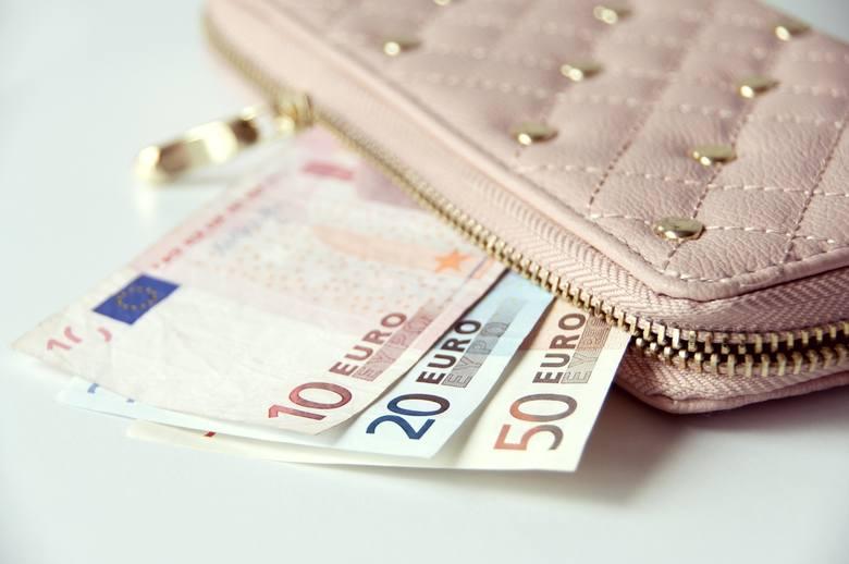 Luka płacowa to różnica w wynagrodzeniach kobiet i mężczyzn na tych samych stanowiskach. Na tle 25 europejskich państw zbadanych przez Eurostat Polska