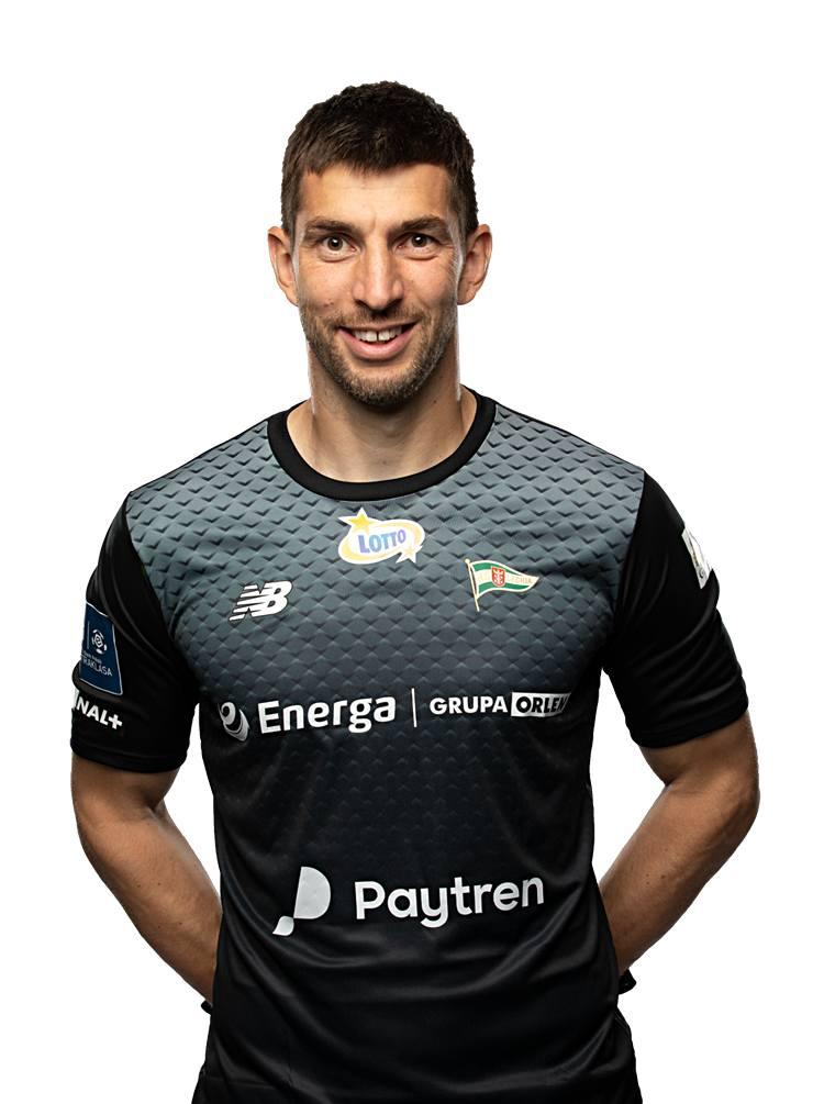 Przy golu dla Śląska był bez szans. Potem miał trochę szczęścia, ale też dobre interwencje, którymi utrzymał Lechię w grze.