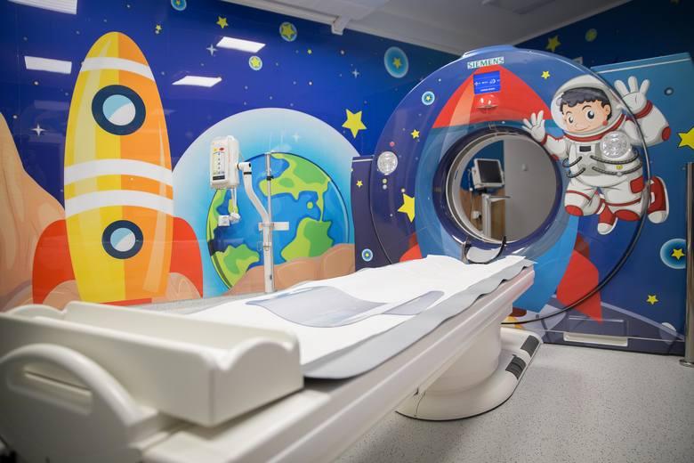 Już tylko krok dzieli Uniwersytecki Szpital Kliniczny od uruchomienia Centrum Urazowego dla Dzieci. Placówka właśnie wzbogaciła się o nowy sprzęt. Brakuje