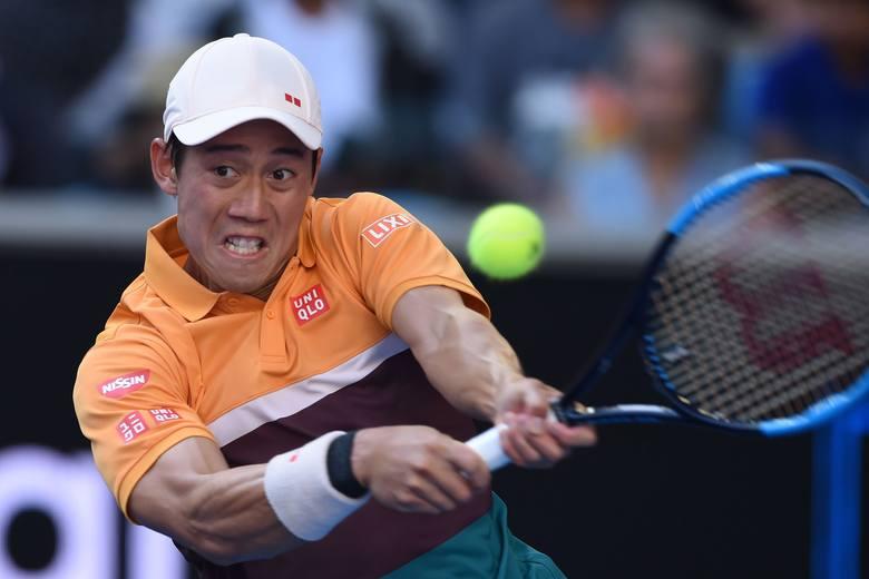 Kei Nishikori wygrał ponad pięciogodzinny pojedynek, mimo że przegrał dwa pierwsze sety.