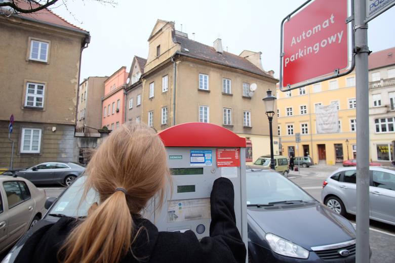 W połowie 2020 r. wzrosną opłaty w Strefie Płatnego Parkowania.