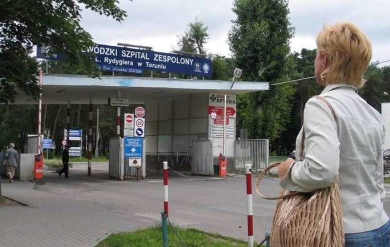 Zarobki podane przez Wojewódzki Szpital Zespolony im. Ludwika Rydygiera w Toruniu, w grupach umowy o pracę i umów cywilno-prawnych (kontrakty), obejmują