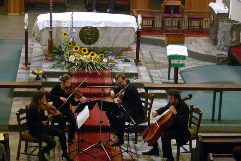 Białostocki kwartet smyczkowy Libero wystąpił na inaugurację wasilkowskich koncertów organowych