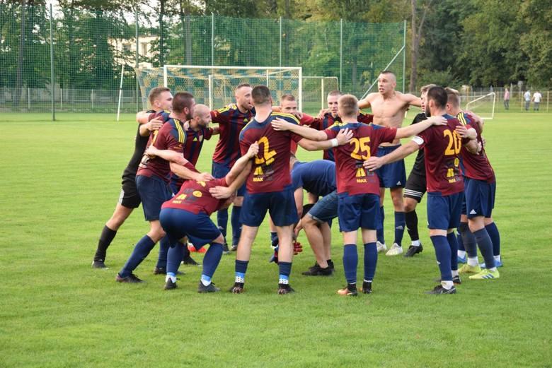 Zobaczcie, jakie wyzwania czekają w niedzielę piłkarskie ekipy z Opolszczyzny, występujące na różnych szczeblach rozgrywkowych.  Niemniej 25 października