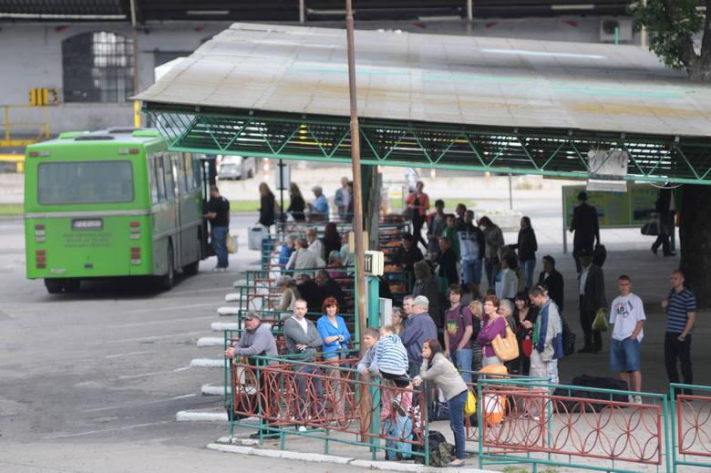 Centra Zielonej Góry, Nowej Soli, Świebodzina zawsze przyciągają rzesze mieszkańców. Nie tylko, by zajrzeć do sklepów, zjeść coś dobrego w restauracji,