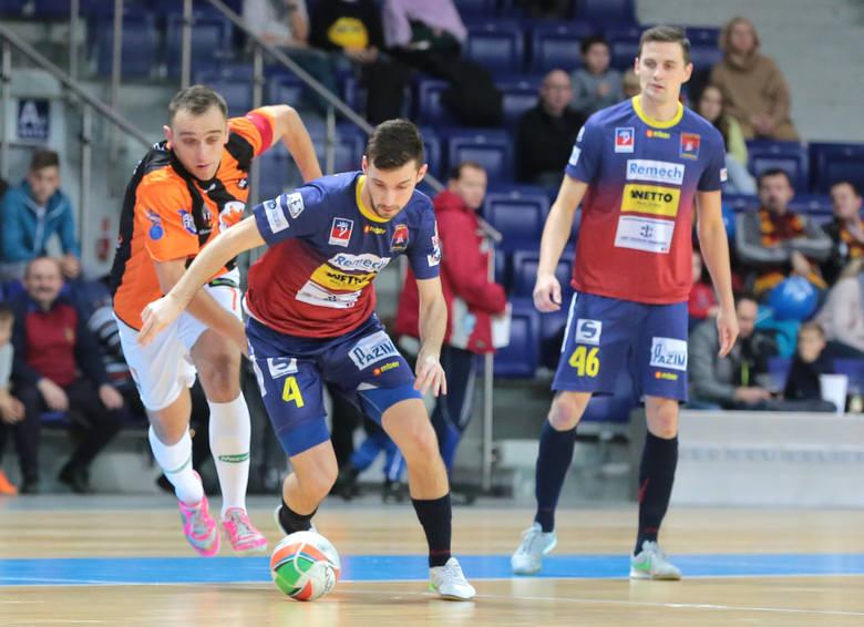 Adam Jonczyk zdobył dla Pogoni trzy bramki w wygranym meczu w Katowicach.