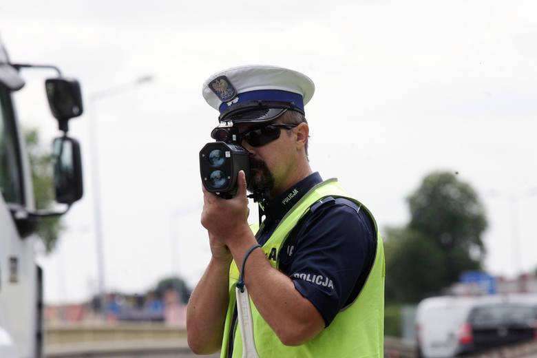 Tutaj łatwo o mandat! Najczęściej kontrolowane drogi w Polsce