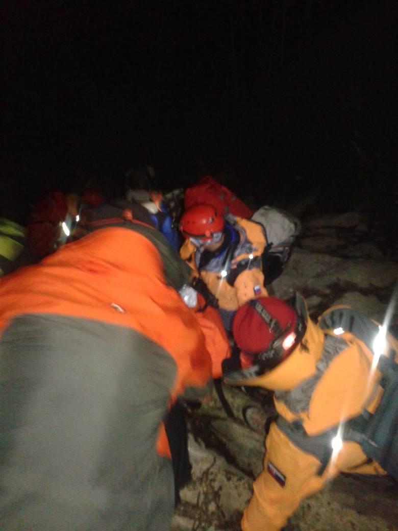 Tatry Słowackie. Trudna akcja ratunowa na Jastrzębiej Turni [ZDJĘCIA]
