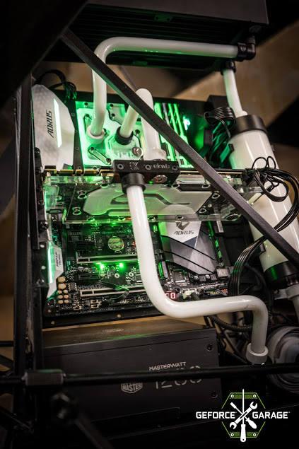 Zmienią nudną skrzynkę w fantazyjną, czyli co ma beczka do komputera