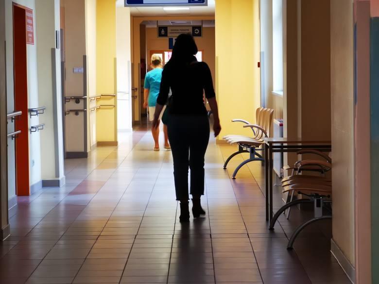 Dzieci zostały przewiezione do Grudziądza, do szpitala jednoimiennego - informuje rzecznik Wojewódzkiego Szpitala Zespolonego w Toruniu. Jednak tylko