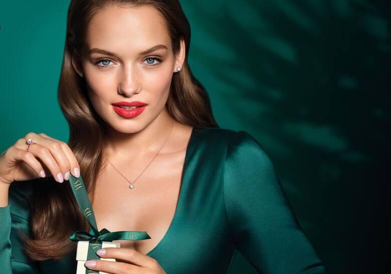 Olga Nowotarska, 25-letnia modelka z Radomia robi ostatnio oszałamiającą karierę. Jest również twarzą jednej z największych i najbardziej prestiżowych