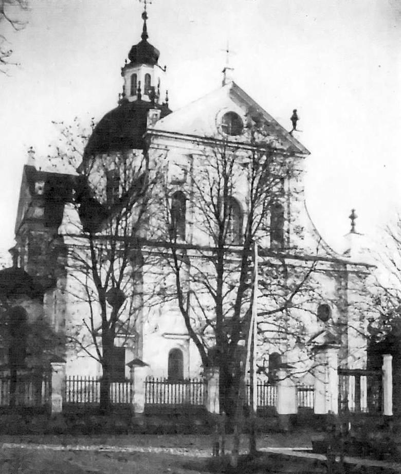 Fara z 1593 roku, największy kościół w Nieświeżu