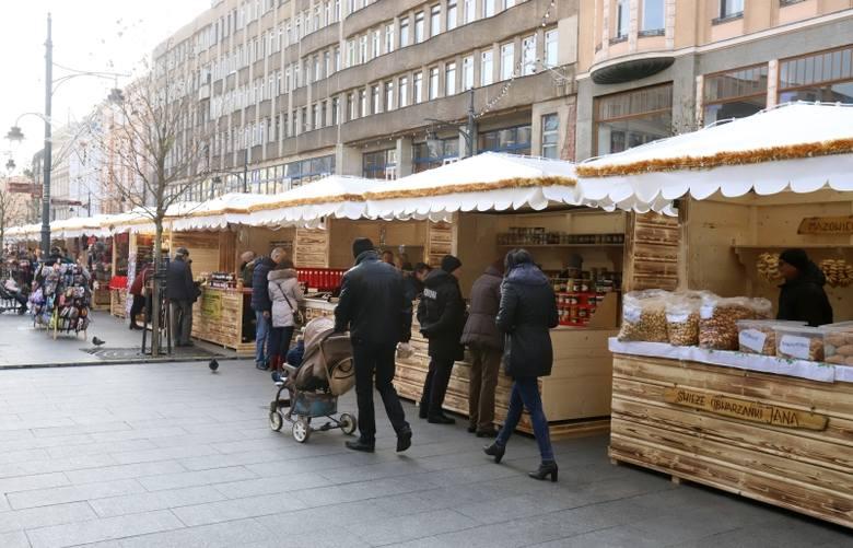 Czy Łódź powinna robić świąteczne jarmarki? [SONDA]
