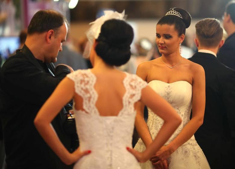 [WIDEO] Radomskie Targi Ślubne to dwudniowe show dla młodej pary (zdjęcia)