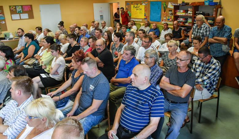 Ostatnie spotkanie w Łęgnowie-Wsi z mieszkańcami było dość zaskakujące... Okazało się bowiem, że skażenie praktycznie nie istnieje.
