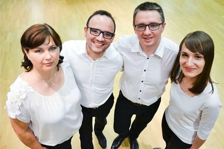 Marta Wróblewska, Paweł Pecuszok, Przemysław Kummer i Aleksandra Pawluczuk zapraszają 13 grudnia na koncert kolęd do Okręgowej Izby Lekarskiej