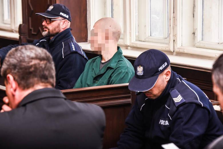 Śledztwo w tej sprawie przeniesiono do prokuratury w Gdańsku, bo oskarżony to syn znanego bydgoskiego adwokata.