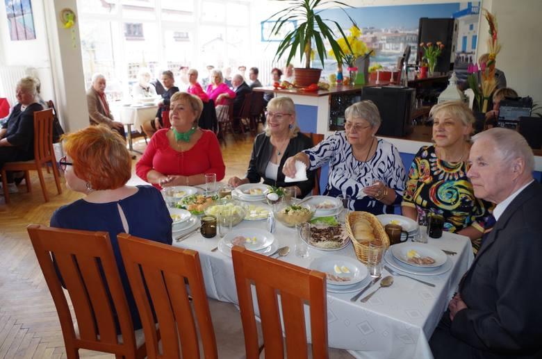 Międzyzdroje: Seniorzy spotkali się przy wielkanocnym stole